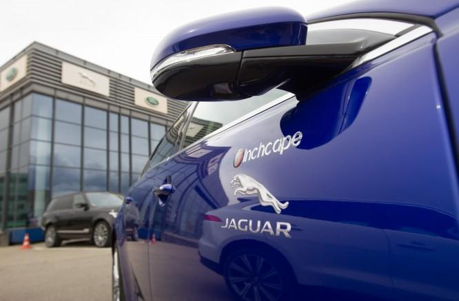 """""""ENEOS 1006 km lenktynėse"""" spindės ir """"Jaguar"""" žvaigždė"""