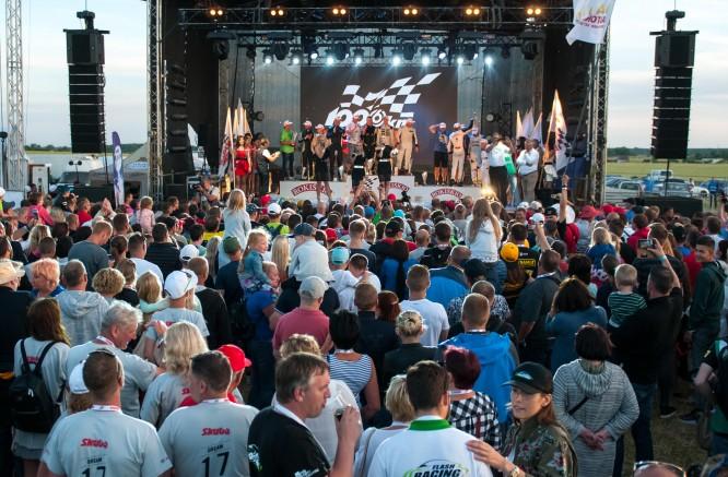 """Pasiruošimas lenktynėms vienoje iš moderniausių šiaurės šalių trasų """"auto24ring"""" įgauna pagreitį"""