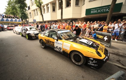 The Biggest Crowd Saw the 10th 1000 km Race